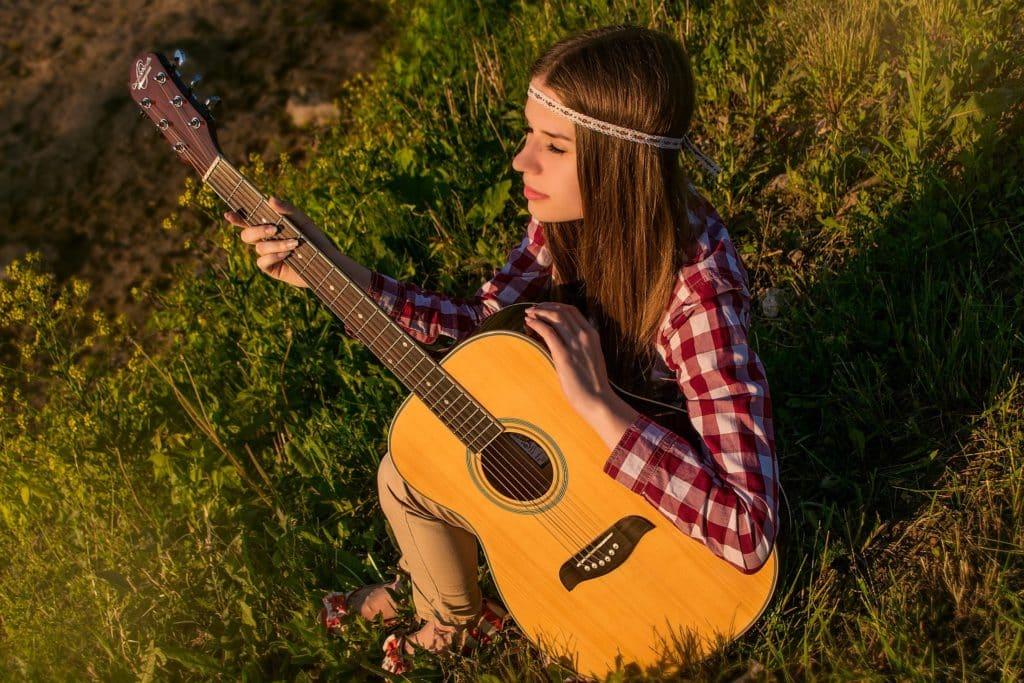 Gitarre Mädchen