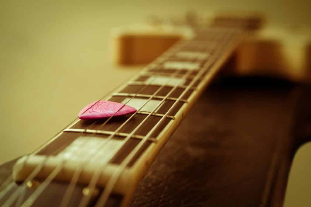 Gitarre Plektrum
